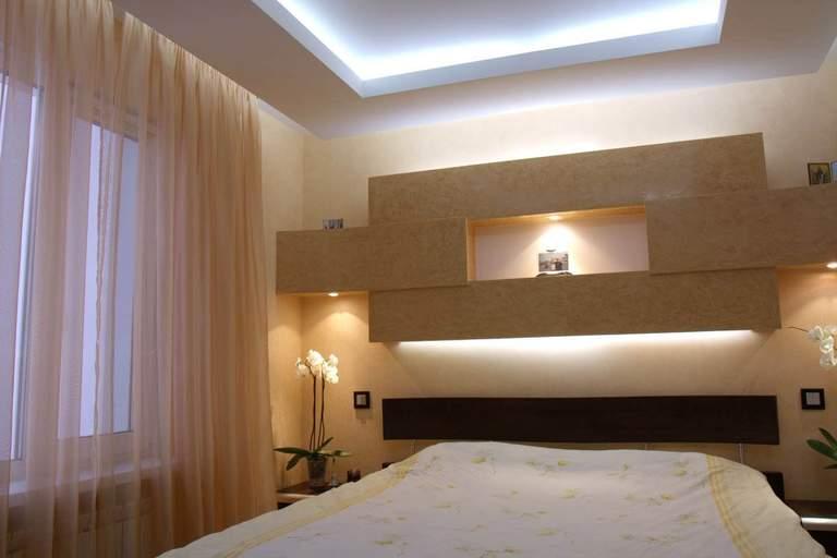 создание потолки натяжные с коробом фото в спальню этот